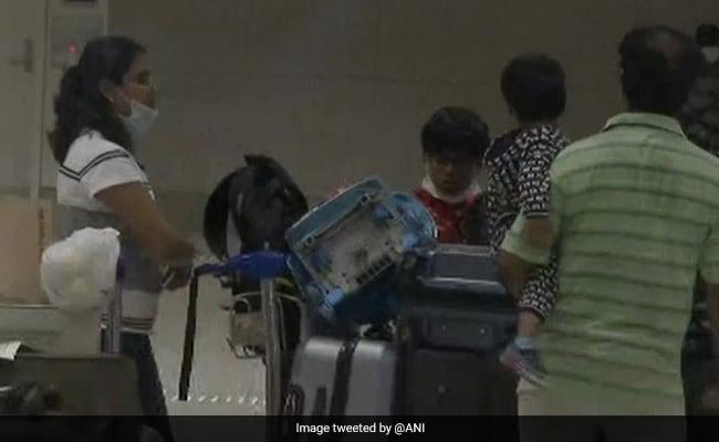 225 Indianer aus Malaysia im Rahmen der Vande Bharat Mission nach Mumbai zurückgebracht