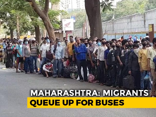 Video: A Bus Queue Over 1.5 km Long Near Mumbai Started Forming Last Night