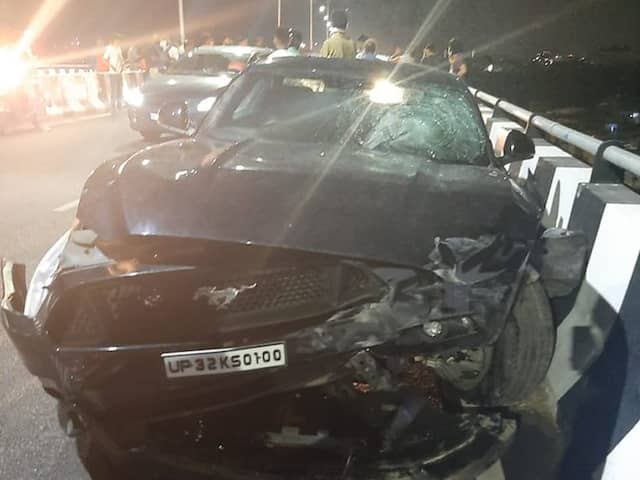 This cricketer was narrowly escaped in car accident, year back RCB purchased him through 3.60 CR, but...