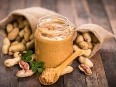 Milk And Peanut Butter: अपने दूध के गिलास में मिलाएं एक चम्मच पीनट बटर, रोजाना सोने से पहले करें सेवन, पुरुषों को मिलेंगे ये कमाल के फायदे!
