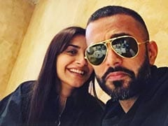 Sonam Kapoor's Pic With Husband Anand Ahuja Is All About Love