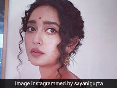 Sayani Gupta Takes A Walk Down Memory Lane In Her Mom's <i>Saree</i>