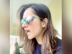 सानिया मिर्जा को घर के बाहर दौड़ता दिखा शख्स, देखकर रह गई हैरान, चिल्लाईं- 'क्या हुआ...' - देखें Viral Video