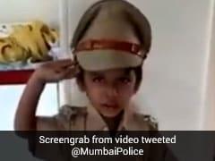 ''भारत माता की जय'' बोलते हुए पुलिस यूनिफॉर्म में छोटे बच्चे का वीडियो हुआ वायरल, देखें Video
