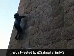 "Karnataka's Famous ""Monkey Man"" Climbs Fort Without Harness. Watch"