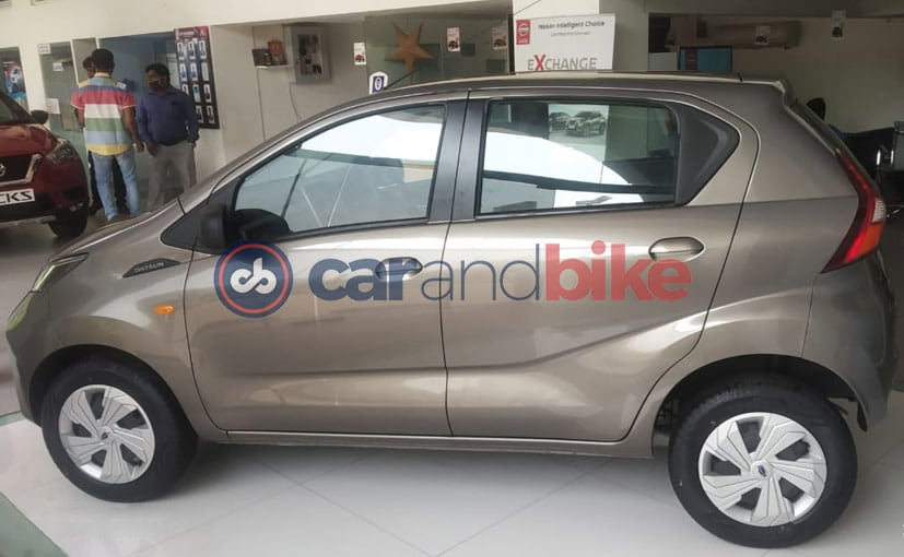 Datsun Redi-Go facelift has started arriving at the dealerships before launch