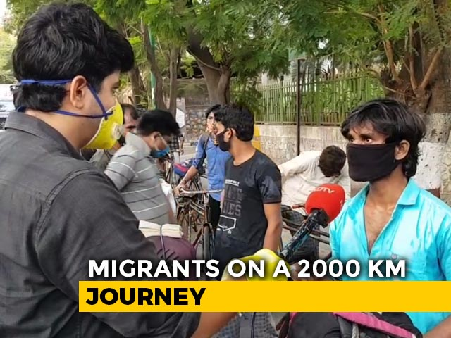 Video: At 3 am, They Began A 2,000 km Journey From Mumbai On Cycle