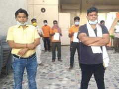 दिल्ली का किसान अपने खेत के 10 मजदूरों को हवाई जहाज से उनके घर भेजेगा बिहार, बोले- भूखा नहीं मरने देंगे