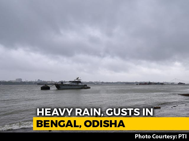 Video : Cyclone Amphan Begins Landfall In Bengal, Heavy Rain Along Coast