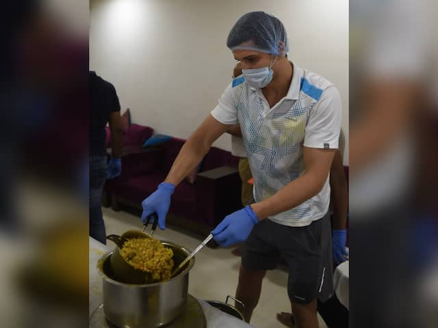 """Indian Hero"": Moldovan Tennis Player Dmitrii Baskov Feeds Poor In Lockdown"