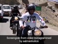 सलमान खान का लॉकडाउन के बीच Video हुआ वायरल, जैकलीन फर्नांडीस के साथ बुलेट पर सैर करते नजर आए एक्टर
