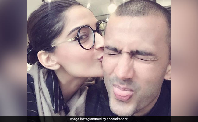 On Sonam Kapoor And Anand Ahuja's Wedding Anniversary, The First Ever Pic They Clicked