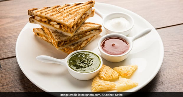 Move Over Regular Sandwich, Try This Crispy Bombay Toasty For Breakfast Instead