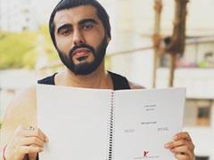 "8 Years Later, Arjun Kapoor Found ""Original Shooting Script Of <i>Ishaqzaade</i>"""