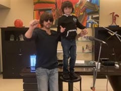 """Papa, Enough Now"": AbRam Keeps Shah Rukh Khan's Singing In Check. But Hey, <I>Sab Sahi Ho Jayega</I>"