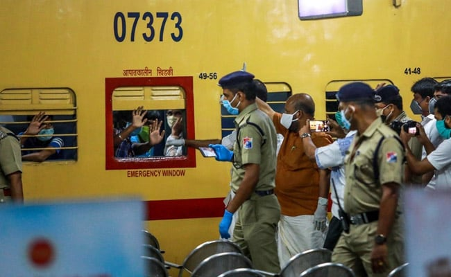 1st Train Carrying 1,200 Migrants To Bengal To Leave Rajasthan Today