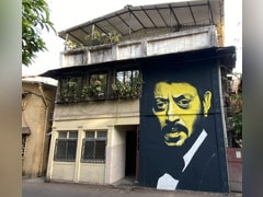 Nimrat Kaur Chanced Upon This Mural Of Irrfan Khan. There's A <i>Lunchbox</i> Twist