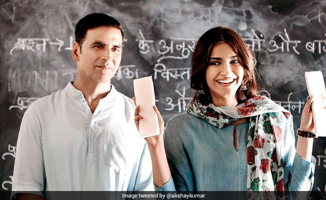Akshay Kumar's PadMan Oopsie Prompts ROFL Reaction From Producer Twinkle Khanna