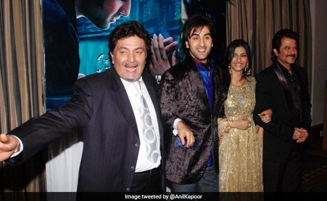 """Anil Kapoor blättert mit Rishi Kapoor, Ranbir und Sonam durch die """"glücklichsten Erinnerungen"""" seines Lebens"""