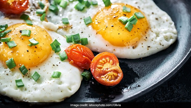 High-Protein Breakfast: How To Make Fried Egg In The Microwave And Make Healthy Breakfast Protein Rich! Watch Video