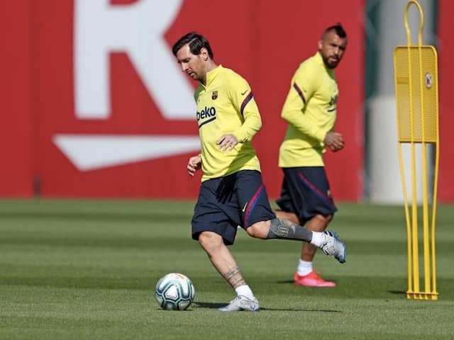 """""""No Problems"""": Lionel Messi Will Be Fit To Face Mallorca, Says Barcelona Coach Quique Setien"""
