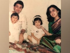 Pint-Sized Ranbir And Riddhima With Rishi And Neetu Kapoor In This Rare Throwback Pic