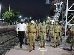 नोएडा के 6 हजार प्रवासी मजदूरों को लेकर आज 4 ट्रेनें बिहार के लिए होंगी रवाना