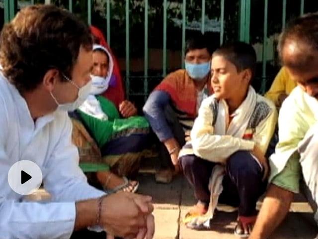 राहुल गांधी ने लॉकडाउन में प्रवासी मजदूरों से की मुलाकात, तो बॉलीवुड एक्टर बोले- वह परिवार का दर्द...