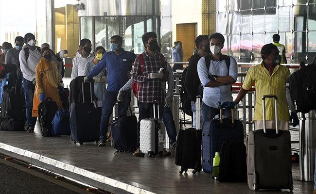 अंतरराष्ट्रीय उड़ानों में मिडिल सीट बुकिंग मामले पर अब कोई दखल नहीं देगा सुप्रीम कोर्ट
