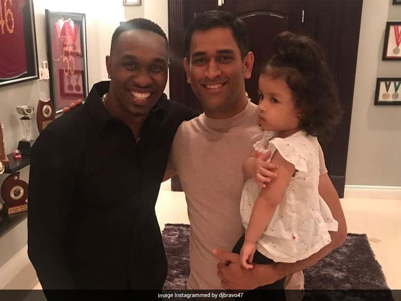 """""""Working On Special Song Designed For MS Dhoni"""": Dwayne Bravo Tells Sunny Leone"""