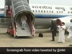 PM Modi का स्वागत सीएम ममता बनर्जी ने कुछ इस अंदाज में किया, 5 लाख से ज्यादा लोगों ने देखा Video