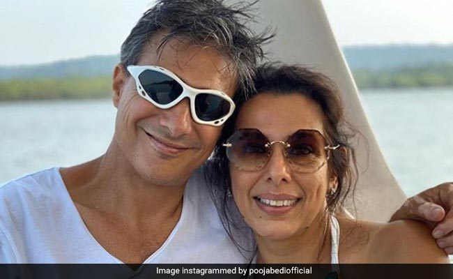 Pooja Bedi's Tweet About Driving To Goa With Fiance Hasn't Gone Down Well With Twitter