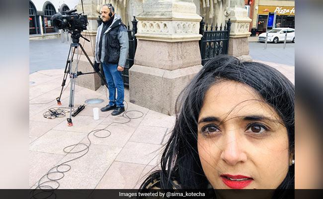 Journalist indischer Herkunft sieht sich rassistischem Missbrauch gegenüber, während er über die UK Street berichtet: Cops