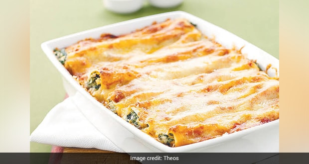 Spinach And Ricotta Cheese Canneloni