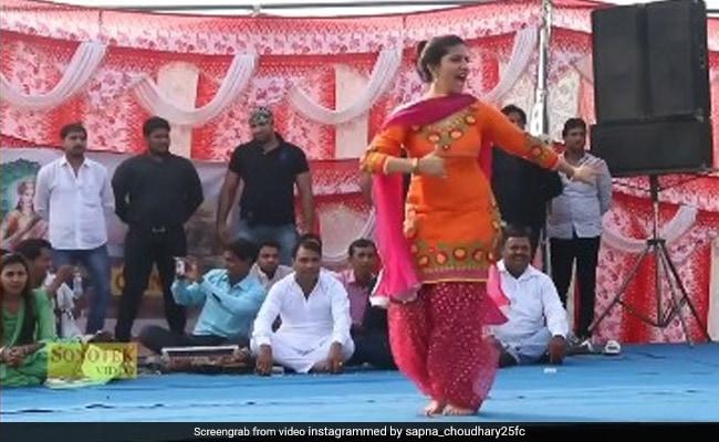 सपना चौधरी ने हरियाणवी सॉन्ग पर किया जोरदार डांस, देसी क्वीन का Video हुआ वायरल
