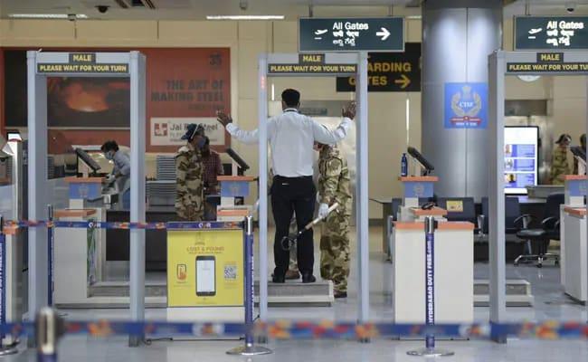 Live Coronavirus Updates: Domestic Flights Begin Today, Maharashtra Tally Crosses 50,000-Mark