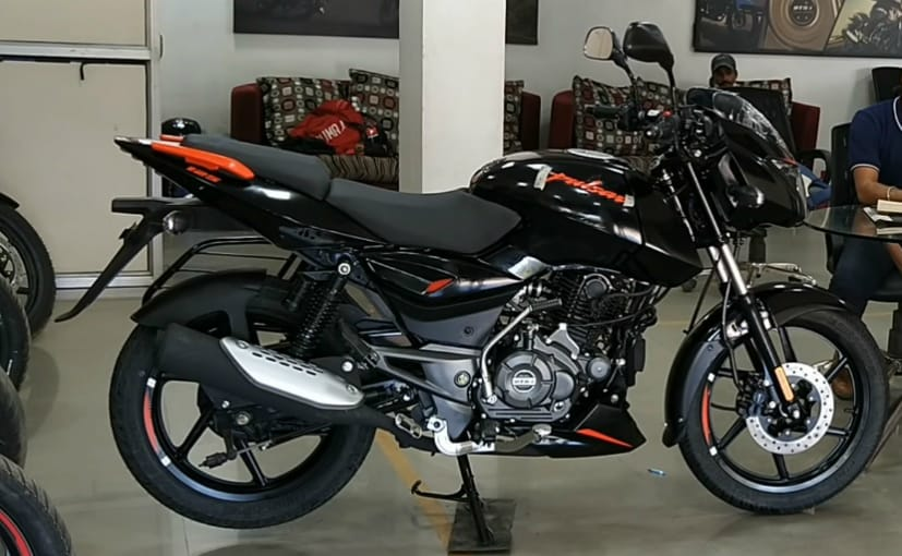 The motorcycle seen here will be the top-spec BS6 Bajaj Pulsar 125 model