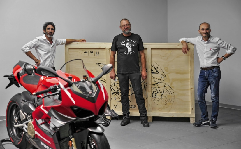 First Ducati Superleggera V4 Delivered To Customer At Borgo Panigale