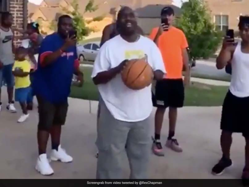 """Watch: Visually Impaired Man Hits Free Throw """"On His First Try"""". Familys Reaction Is Pure Gold"""