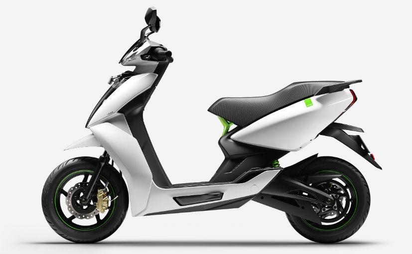 सिंगल चार्ज में 116 किलोमीटर की रेंज देने वाले Ather 450X इलेक्ट्रिक स्कूटर का शोरूम दिल्ली में खुला
