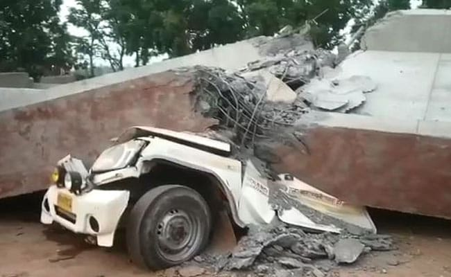 2 Crushed To Death As Underconstruction Bridge Falls In UP's Etah