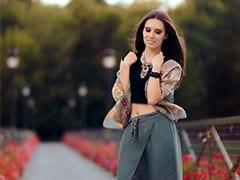 इन सिंपल फैशन हैक्स से अपने बोरिंग आउटफिट्स को बनाएं इंटरेस्टिंग, देखें Videos