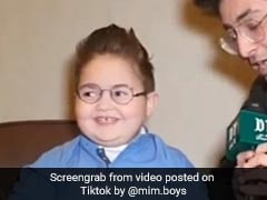 पाकिस्तान के इस क्यूट बच्चे ने सोनू सूद को भेजा मैसेज, बोला- मैं अहमद शाह हूं... देखें क्यूट Video