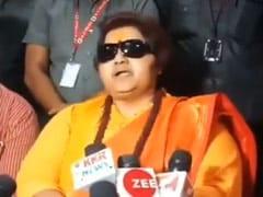'विदेशी महिला से जन्मा शख्स देशभक्त नहीं हो सकता', राहुल गांधी पर प्रज्ञा ठाकुर का हमला