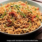 Easy Noodles Recipe: Make Spicy Schezwan Noodles In Just 15 Min
