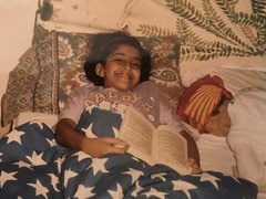 "What Rhea Remembers About Sonam Kapoor's ""Bookworm"" Throwback"