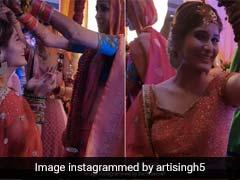 आरती सिंह पर दोस्त की शादी में गिरे कलीरे, Video शेयर कर बोलीं- जानना चाहते थे, कैसा लड़का चाहिए, मेरा जवाब...