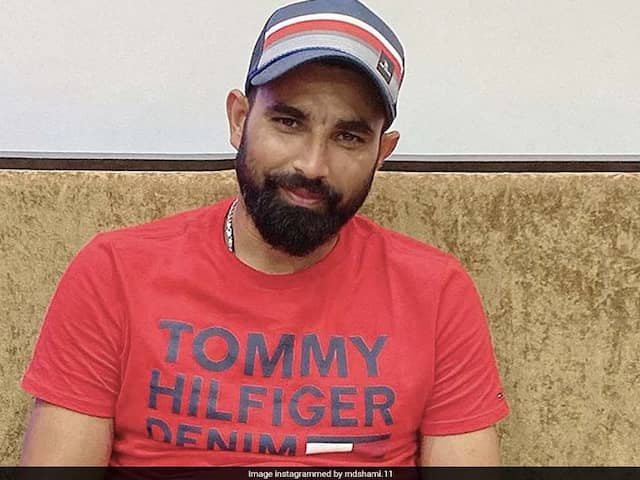 Watch: Mohammed Shami Distributes Food And Masks To Migrants