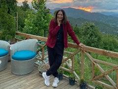 उत्तराखंड में अपने घर से नीना गुप्ता ने शेयर की खूबसूरत तस्वीरें तो फैन्स ने ऐसे किया रिएक्ट, कहा- ''मैम आप हमें...''