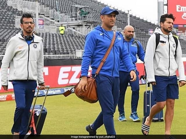 """""""A Walk To Remember"""": Yuzvendra Chahal Shares Throwback Picture With MS Dhoni"""